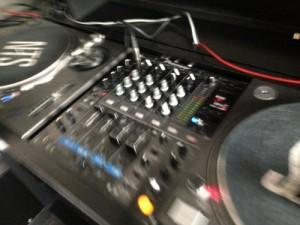 rewired-decks-blur-500